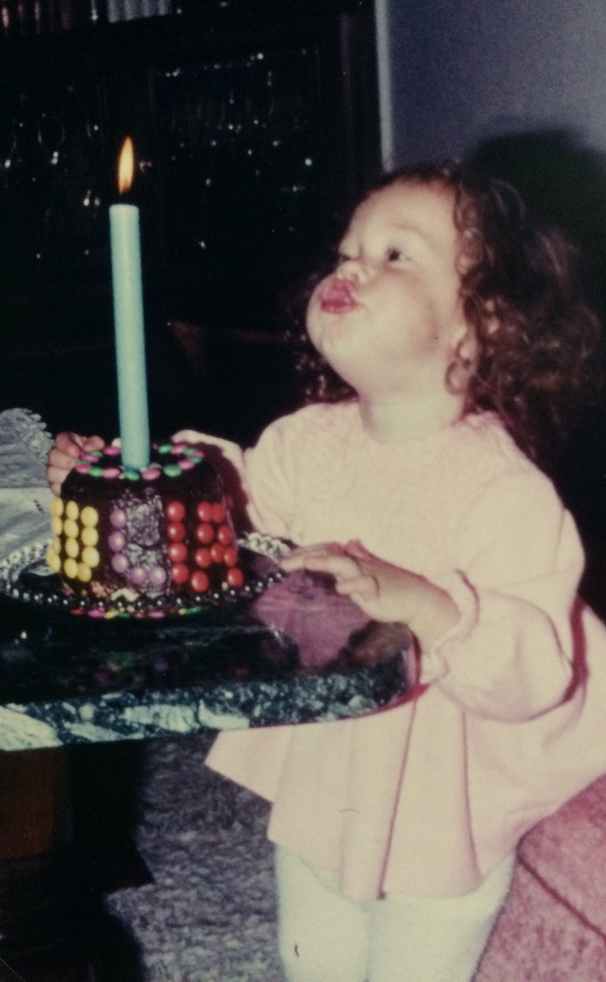 Über mich: Julia Cremasco. 1. Geburtstag.